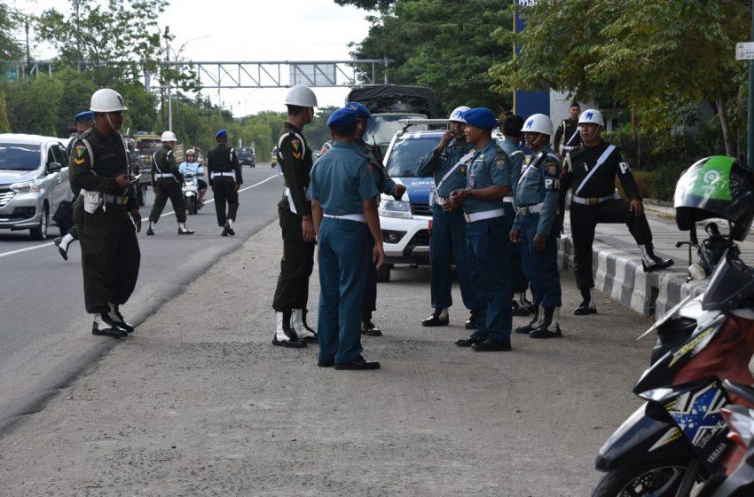 Tertibkan Lalulintas, Aksi POM- TNI Gelar Operasi Kendaraan Kota Sorong