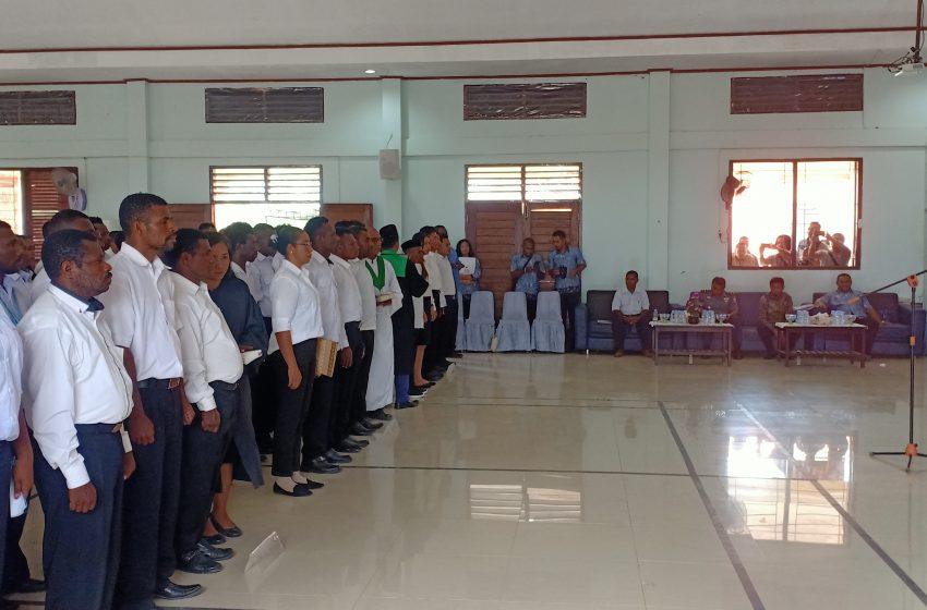 KPU Bintuni Melantik Dan Mengukuhkan Sebanyak 120 Anggota PPD Pemilu 2020.