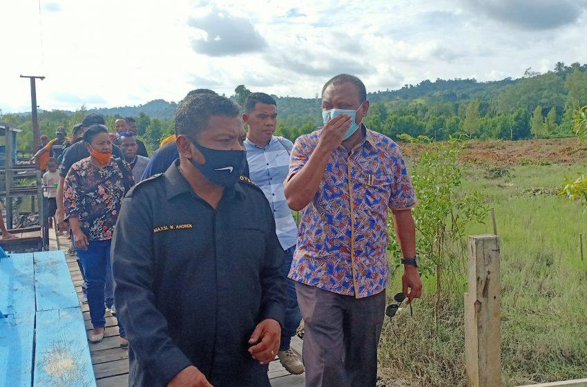 Ketua MRPB Kunker Di Teluk Bintuni; Kampung Mansina Menjadi Percontohan Bagi Daerah Lain