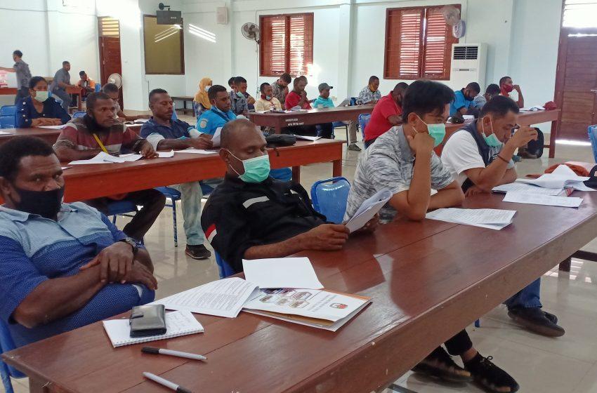 KPU Teluk Bintuni Gelar Sosialisasi PKPU NO 5 Tahun 2020; Mengikuti Protokoler Covid- 19