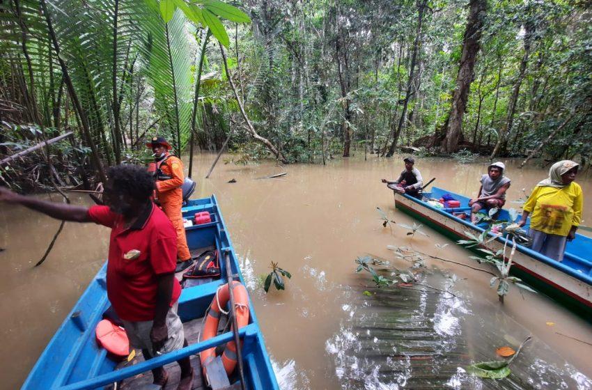 Warga Kampung Tahiti Hilang Di Perairan Muara Arwandaro; Tem Basarnas Bersama Pol Air Teluk Bintuni Lakukan Pencarian