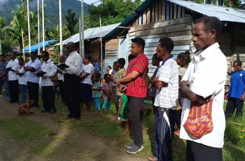 Sambut HUT PI KE-109 Tahun Di Teluk Bintuni; Jemaat GKI BETHEL Wamesa Melestarikan Peninggalan Leluhur