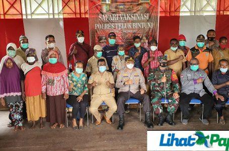 Polres Didampingi Team Gugus Covid-19 Genjot Vaksinasi Massal; Warga Masyarakat Distrik Taroy Antusias